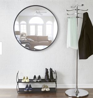 37 in black rubber frame large round mirror for Sale in Peoria, AZ
