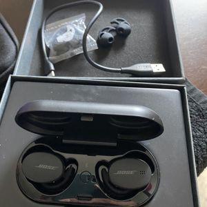 Bose Sport Ear Buds 2020 Wireless Headphones for Sale in San Joaquin, CA