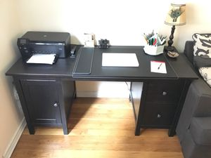 Desk and book shelf for Sale in Great Neck, NY