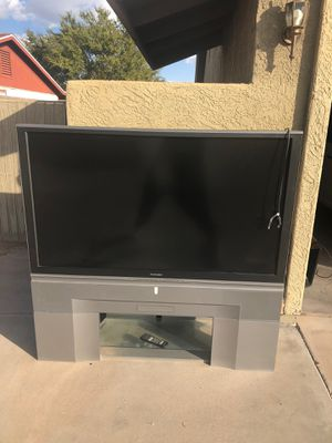 "Mitsubishi 60"" inch screen TV with remote for Sale in Chandler, AZ"