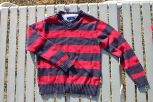 Boys sweater size 2T for Sale in Winton, CA