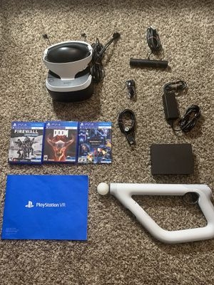 PLAYSTATION VR 300$ OBO (Comes with All Cables, 3 Games, and PlayStation Aim Controller) for Sale in Garden Grove, CA