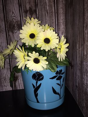 """6"""" plant pot for Sale in Pillager, MN"""