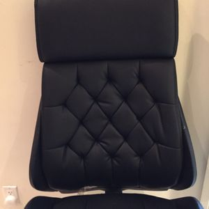 Brand new $529 retail from Office Depot office chair all leather hundred percent authentic well-made brand new with proof of purchase for Sale in Fort Lauderdale, FL