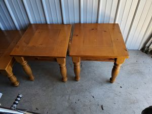 Wood coffee and end tables for Sale in Etna, OH