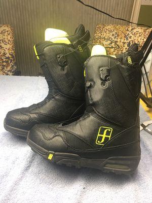 Forum snowboard boots 9.5men for Sale in Stockton, CA