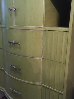 Vintage 1950, dresser, skylark green, detailed work for Sale in Tigard,  OR
