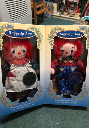 Collectible Raggedy Ann & Andy Dolls 1996 for Sale in Hanover Park, IL