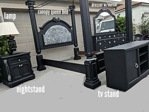 8 Piece Queen Size Matte Black Canopy Bedroom Set for Sale in St. Cloud, FL