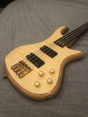 Schecter diamond series custom 4, bass! for Sale in Costa Mesa, CA