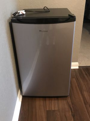 Whirlpool Mini Fridge for Sale in Nashville, TN