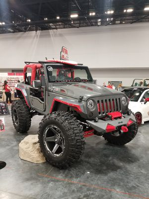 2013 Custom Jeep Wrangler 2dr supercharged for Sale in Miami, FL