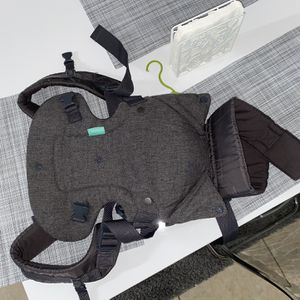 Infantino Carrier for Sale in Orlando, FL