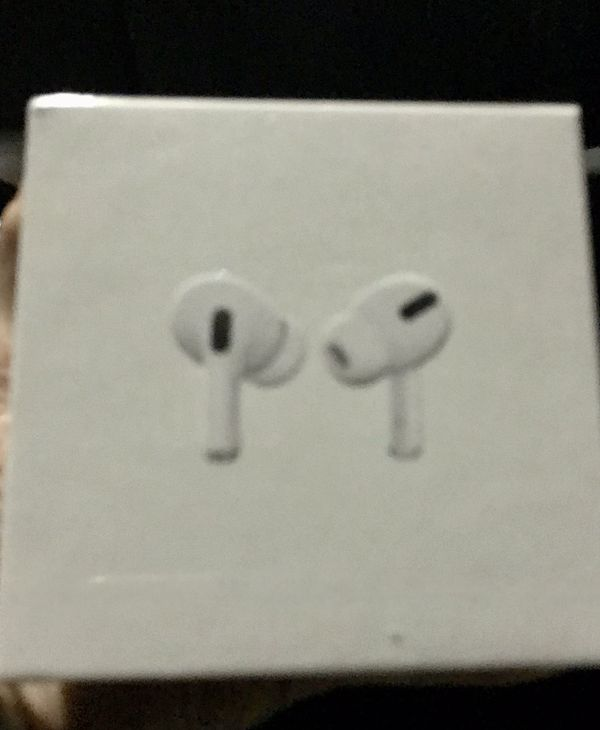 Apple Air Pods Pro Wireless with Charging station