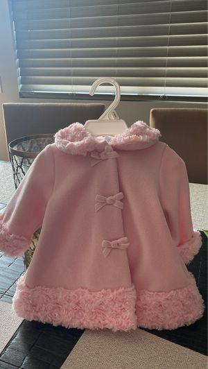 Pink Coat & Hat for Sale in Palmdale, CA