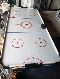 Air hockey table for Sale in San Lorenzo,  CA