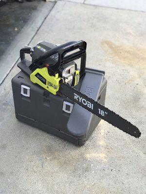 Ryobi 18 inches gas chainsaw like new for Sale in Banning, CA