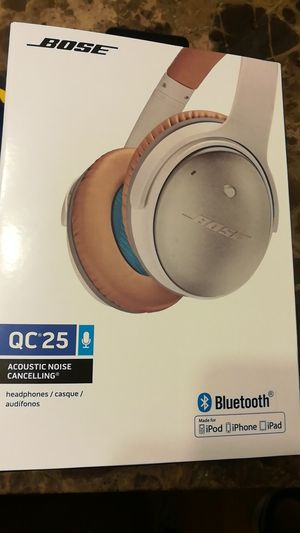 Bose headphones Bluetooth wireless for Sale in Adelphi, MD