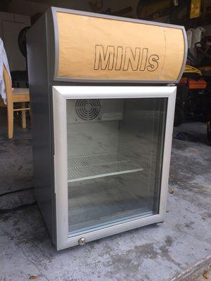 Mini Fridge for Sale in Deerfield Beach, FL
