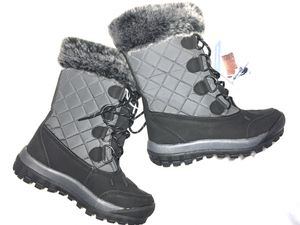 Bearpaw women's boots brand new size 6 nwt Cassie style waterproof snow rain for Sale in Jacksonville, FL