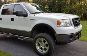 Great 2007 Ford F150 4WDWheels for Sale in Baltimore, MD