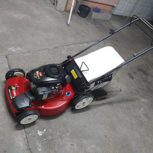 Toro lawn mower for Sale in South Gate, CA