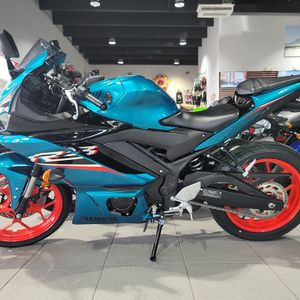 2021 Yamaha R3 Electric Teal for Sale in Hollywood, FL