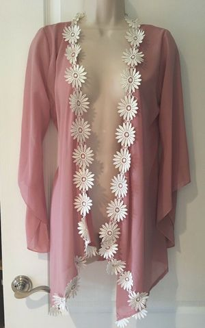 (FREE DELIVERY) BEAUTIFUL pink cover-up cardigan blouse with white flowers (size M to L) for Sale in North Las Vegas, NV