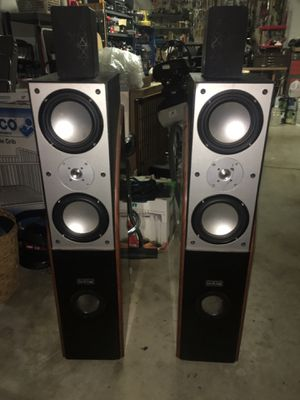Skyline Pro-Series TOWER SPEAKERS woofers-tweeters-mids HOME THEATER SURROUND SOUND HIGH QUALITY SPEAKERS GREAT SOUND WITH QUALITY BASS for Sale in Glendale, AZ