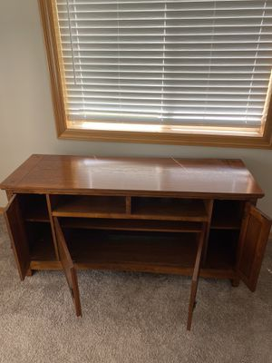 Tv Stand/Entertainment Center for Sale in Canby, OR