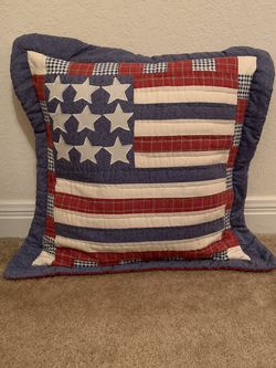 Throw Pillow for Sale in Waco,  TX