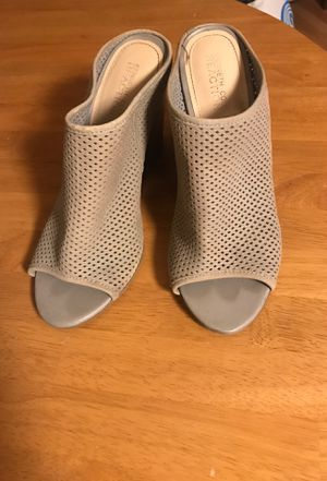 Kenneth Cole Reaction wedge heels size 8.5 for Sale in Foster City, CA