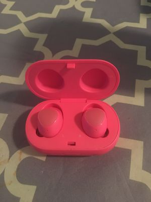 """Samsung Galaxy AirPods Pair Too IPhones as Well """"best offer"""" for Sale in Abilene, TX"""