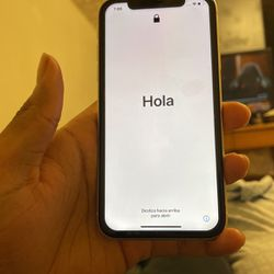 White iPhone 11 64GB for Sale in Pittsburgh,  PA