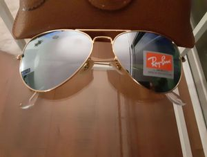 Brand New Authentic RayBan Aviator Sunglasses for Sale in North Las Vegas, NV