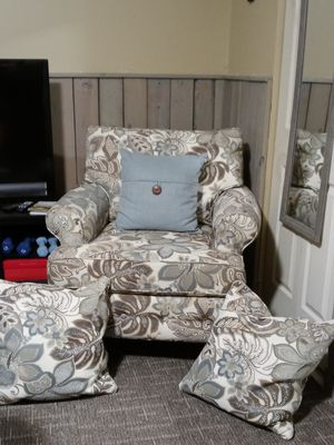 Lovely custom-made chair with matching oversized down accent pillows. Wanting to trade for a rocker with rocking footstool. Expecting a new baby. for Sale in Grantsville, UT