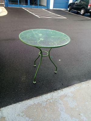 Glass top small size table for Sale in Hyattsville, MD