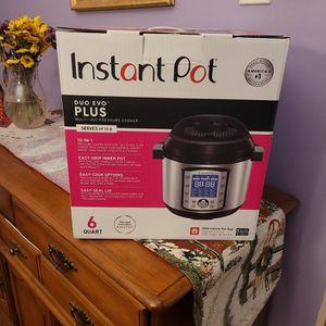 Instant Pot Duo Evo Plus 6 Qt for Sale in Cherry Hill, NJ