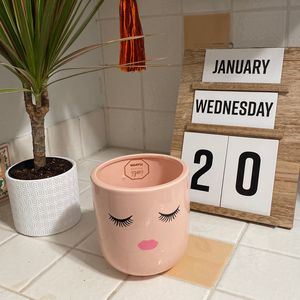 Ceramic Plant Pot (Pencil Holder) for Sale in Palm Springs, CA
