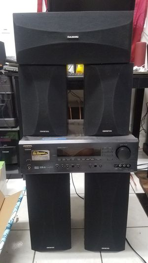 Onkyo receiver HT-R510 super loud! for Sale in Alexandria, VA