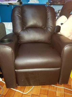 Kids recliner chair for Sale in Las Vegas, NV