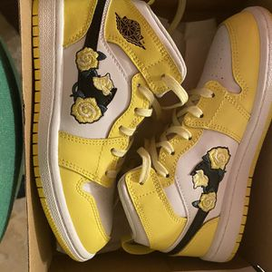 Kids Shoes Size 13c for Sale in Waterbury, CT