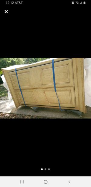 Armoire dresser good condition for Sale in Winter Springs, FL