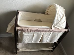 Baby Bassinet 3IN 1 for Sale in Virginia Beach, VA