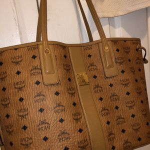 Women's Mcm Purse for Sale in Detroit, MI