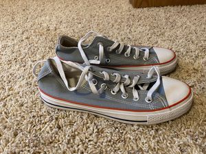 Converse size 7 for Sale in Dickinson, ND