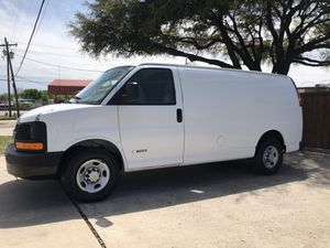 2006 Chevy express cargo van with carpet cleaning equipment for Sale in Cedar Hill, TX