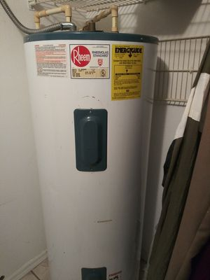 80 gal. water heater for Sale in Bartow, FL