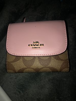 coach woman's wallet for Sale in Davie, FL