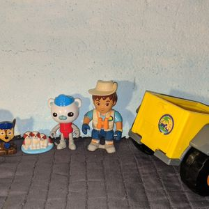 Mattel Action Figures Vehicle Toy Lot for Sale in Portland, OR